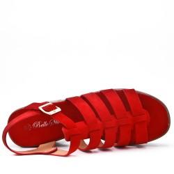 Sandale rouge à gros talon avec plateforme